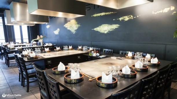 restaurant terrasse lyon. Black Bedroom Furniture Sets. Home Design Ideas