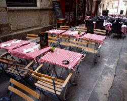 restaurant le summertime lyon. Black Bedroom Furniture Sets. Home Design Ideas