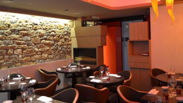 restaurant j r my galvan restaurant lyon. Black Bedroom Furniture Sets. Home Design Ideas