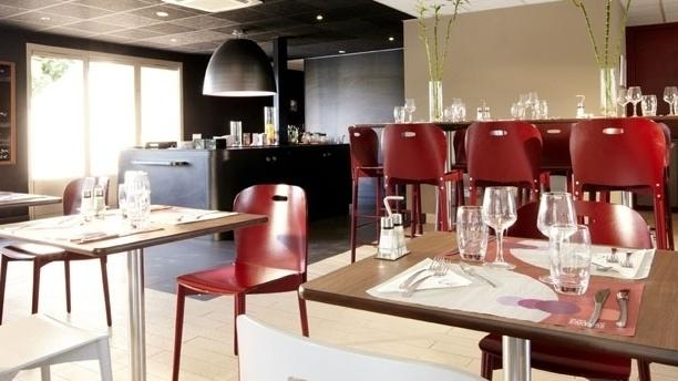 restaurants feyzin. Black Bedroom Furniture Sets. Home Design Ideas